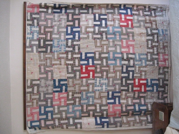 Belgium: Quilt - Pro-Swastika : swastika quilt - Adamdwight.com